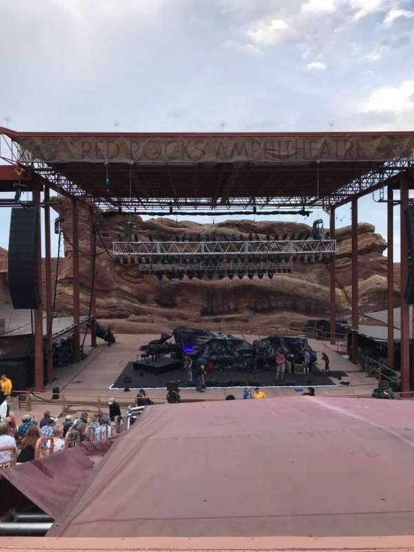 Red Rocks Amphitheatre, secção: Center, fila: 17, lugar: 65