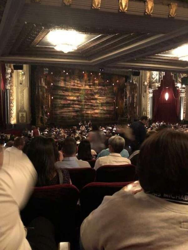 Hollywood Pantages Theatre, secção: ORCHL, fila: UU, lugar: 9