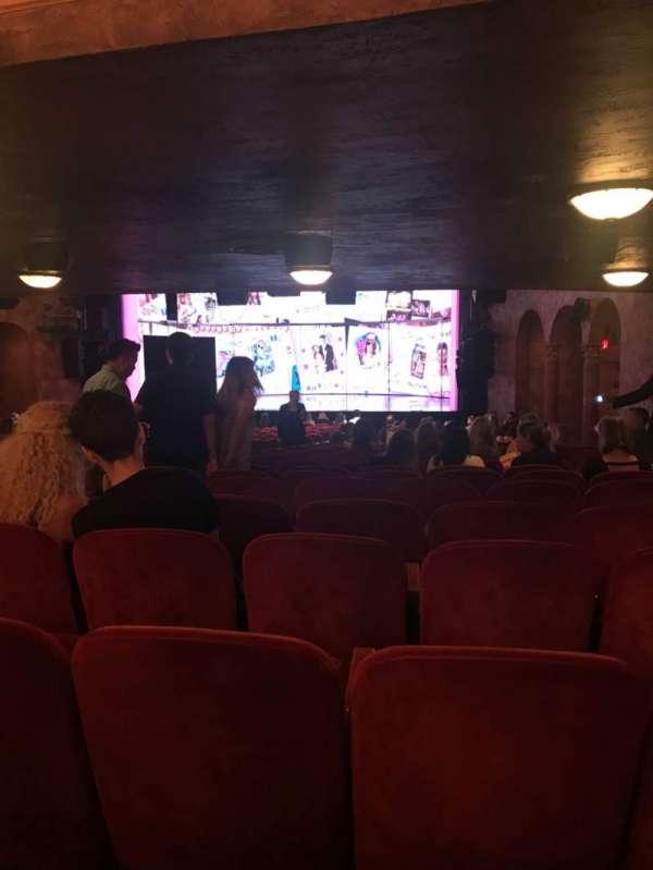 August Wilson Theatre, secção: Orchestra R, fila: ZZ, lugar: 6