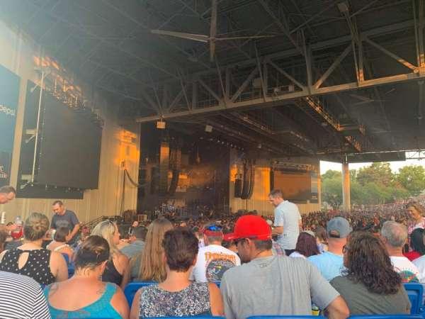PNC Music Pavilion, secção: 9, fila: K, lugar: 13-14