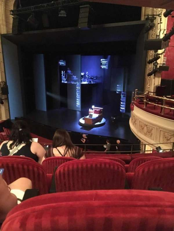 Royal Alexandra Theatre, secção: Dress Circle, fila: E, lugar: 5