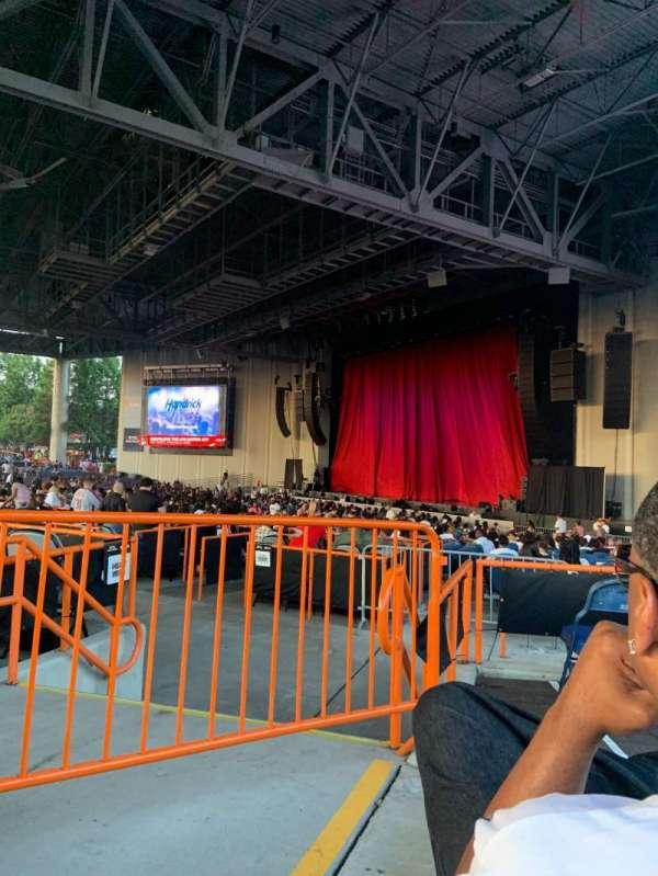 PNC Music Pavilion, secção: 4, fila: E, lugar: 30