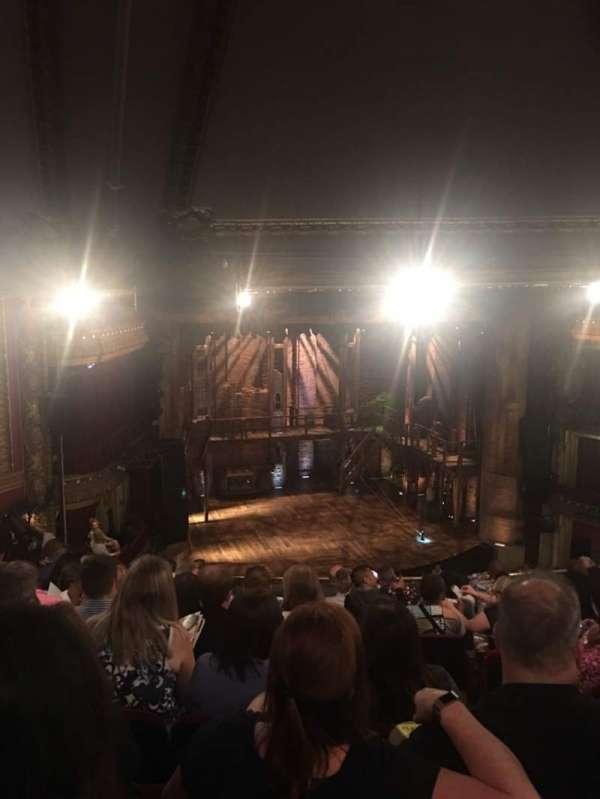 CIBC Theatre, secção: Mezzanine L, fila: K, lugar: 5
