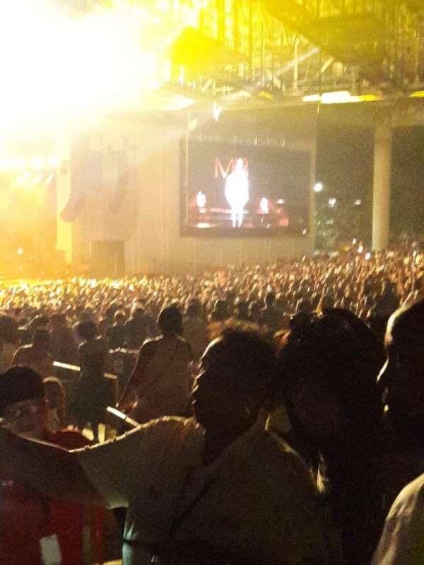 PNC Music Pavilion, secção: 9, fila: G, lugar: 1