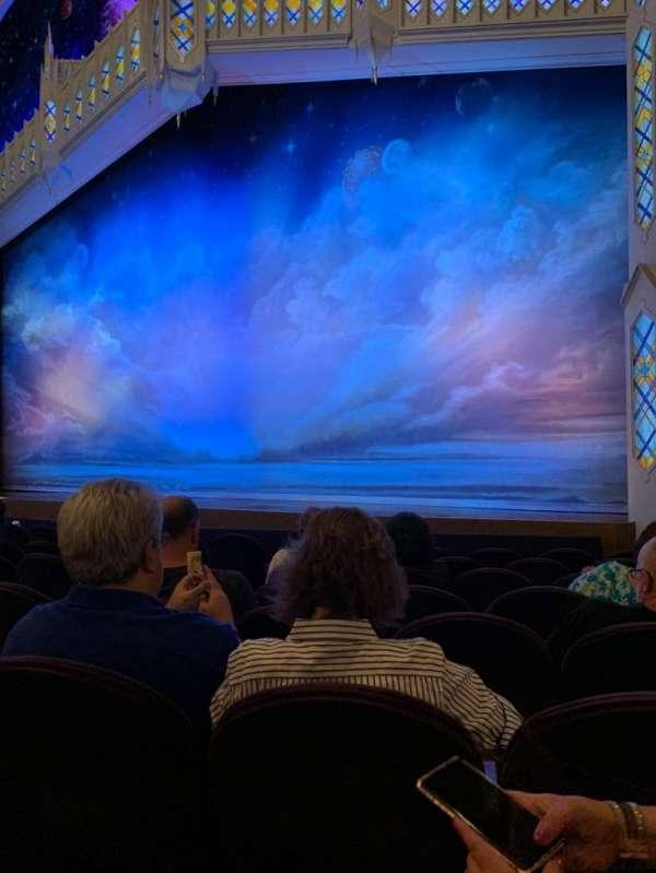 Eugene O'Neill Theatre, secção: Orchestra R, fila: H, lugar: 12