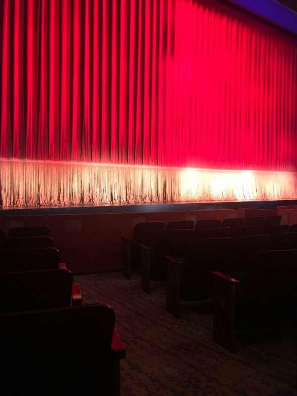 Longacre Theatre, secção: Left orchestra, fila: G, lugar: 4