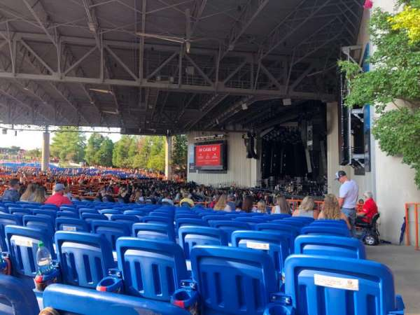 PNC Music Pavilion, secção: 4, fila: N, lugar: 1