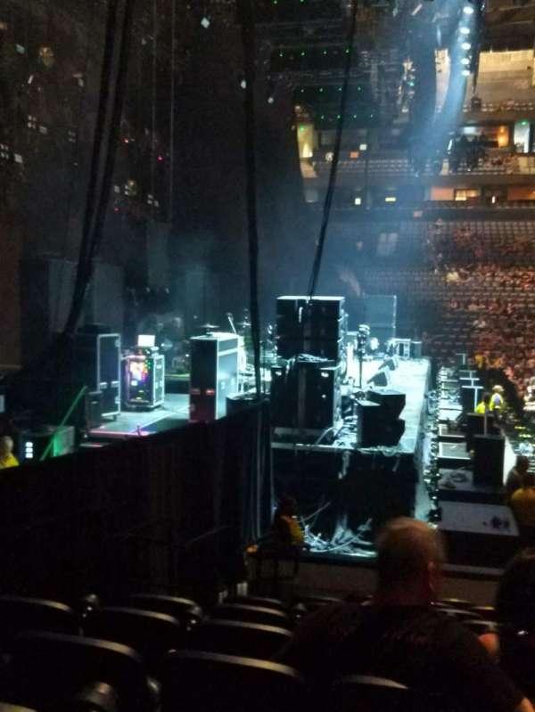 Bridgestone Arena, secção: 114, fila: KK, lugar: 17