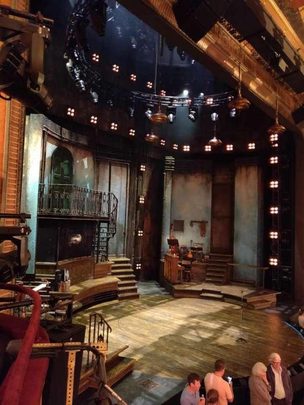Walter Kerr Theatre, secção: Box B, lugar: 7