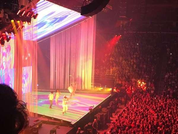 Little Caesars Arena, secção: 124, fila: 17, lugar: 17