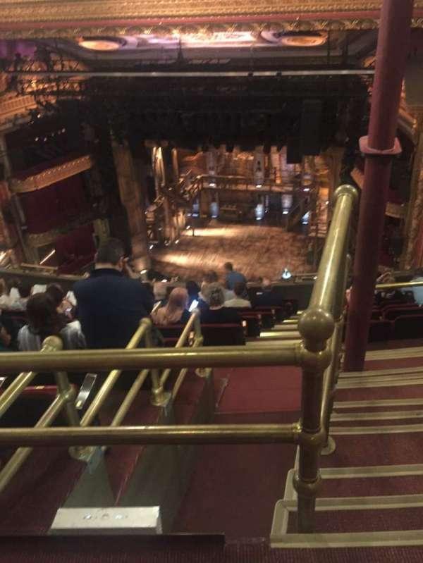 CIBC Theatre, secção: Balcony RC, fila: M, lugar: 426(226)