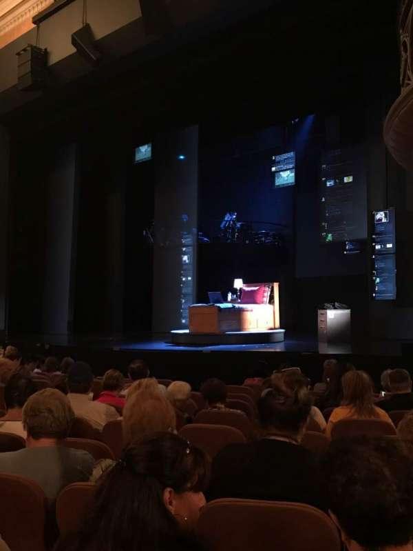 Music Box Theatre, secção: Orchestra R, fila: L, lugar: 22