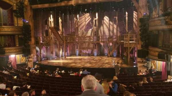 Richard Rodgers Theatre, secção: Orchestra R, fila: Q, lugar: 6