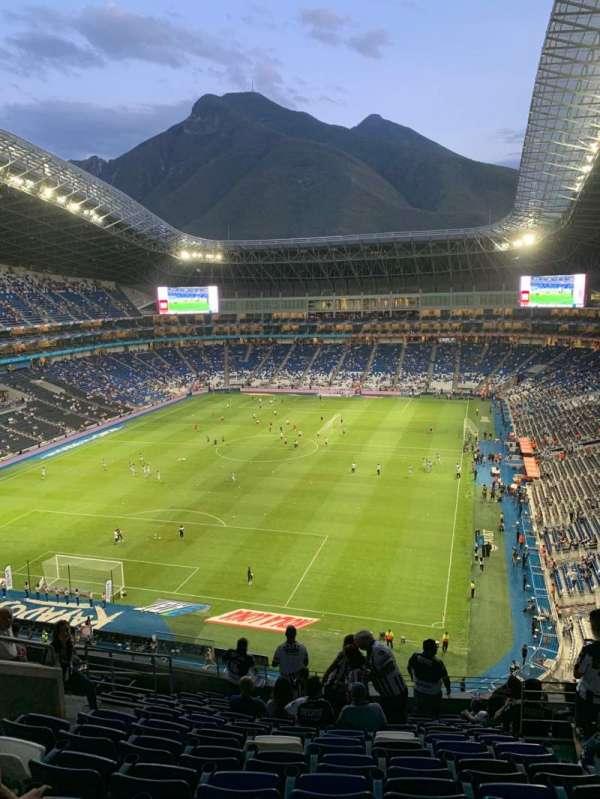 Estadio BBVA, secção: 223, fila: L, lugar: 6