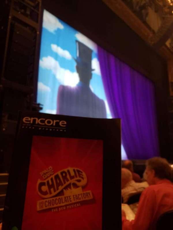 Paramount Theatre (Seattle), secção: MF4, fila: E, lugar: 1
