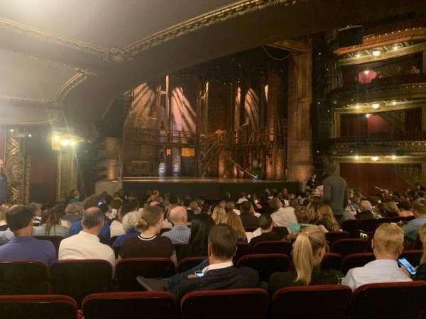 CIBC Theatre, secção: Orchestra L, fila: T, lugar: 15