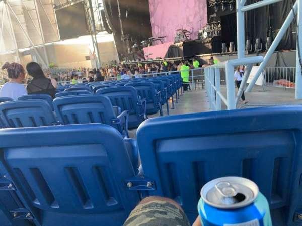 Budweiser Stage, secção: 201, fila: L, lugar: 1
