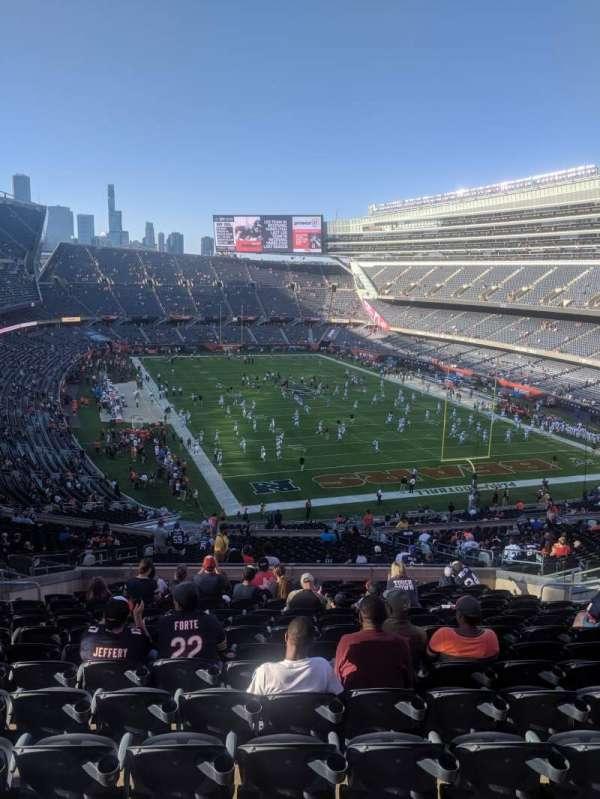 Soldier Field, secção: 325, fila: 16, lugar: 5