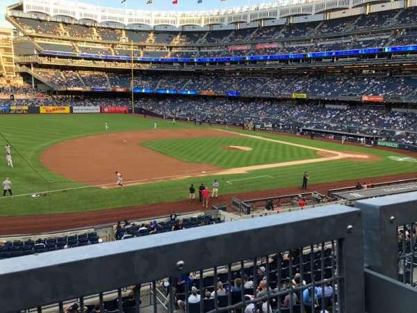 Yankee Stadium, secção: 227A, fila: 1, lugar: 3-7