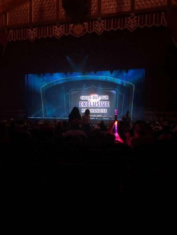 Fox Theatre (Atlanta), secção: Orchestra RC, fila: T, lugar: 58