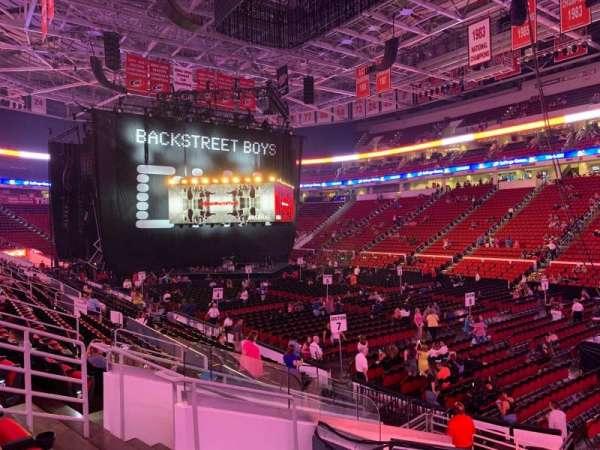 PNC Arena, secção: 130, fila: Q, lugar: 7