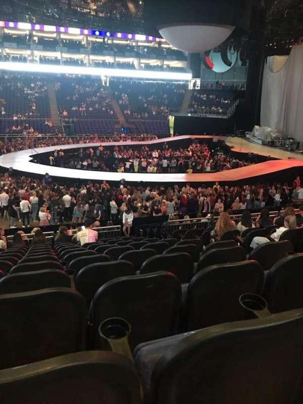 The O2 Arena, secção: 111, fila: T, lugar: 355