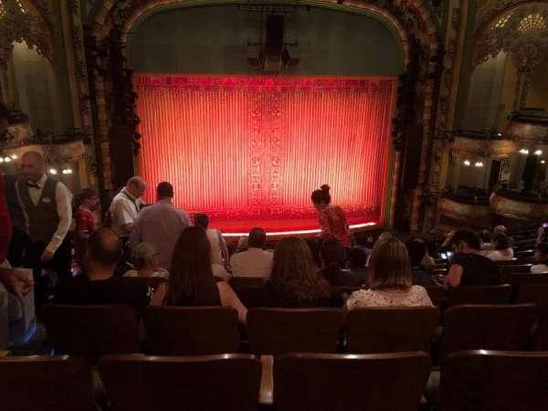 New Amsterdam Theatre, secção: mezzanine c, fila: KK, lugar: 115