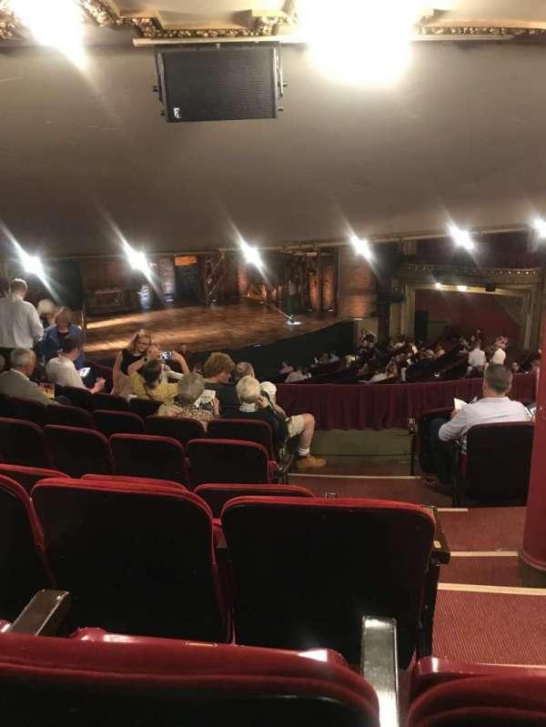 CIBC Theatre, secção: Dress circle l, fila: G, lugar: 3