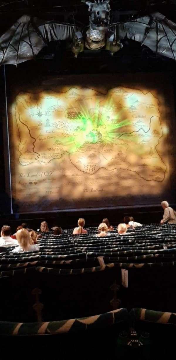 Apollo Victoria Theatre, secção: Stalls, fila: S, lugar: 27