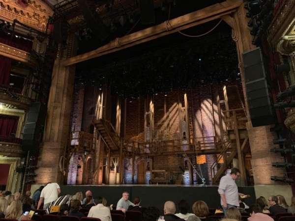 CIBC Theatre, secção: Orchestra R, fila: L, lugar: 8