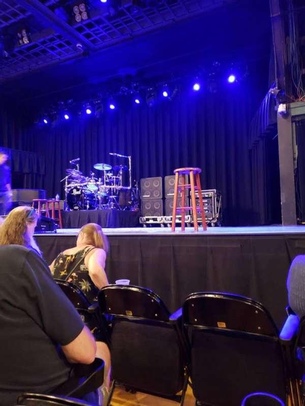 Hampton Beach Casino Ballroom, secção: Center 1, fila: CC, lugar: 8