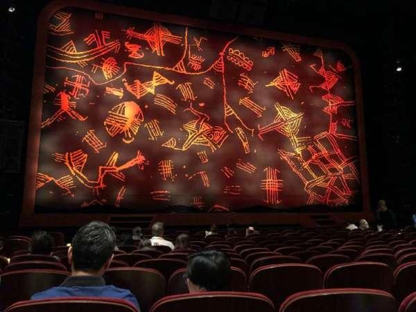 Minskoff Theatre, secção: Orchestra C, fila: M, lugar: 106