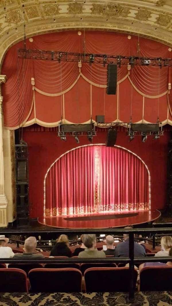 Citizens Bank Opera House, secção: Mezzanine LC, fila: a, lugar: 121