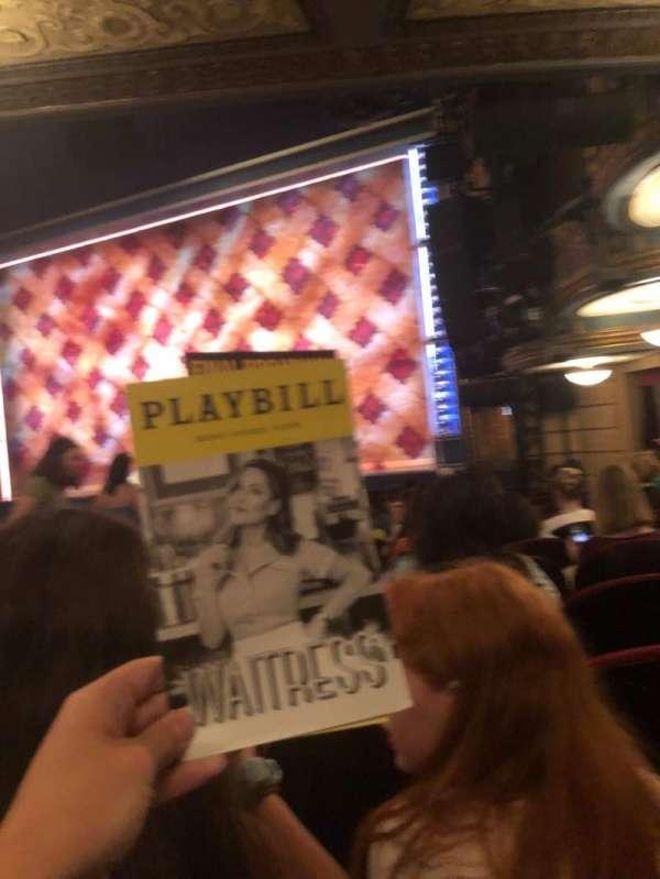 Brooks Atkinson Theatre, secção: Orchestra R, fila: N, lugar: 20