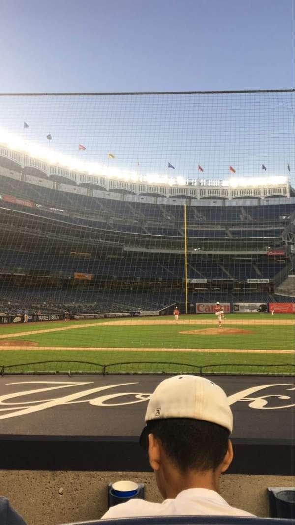 Yankee Stadium, secção: 016, fila: 2, lugar: 3