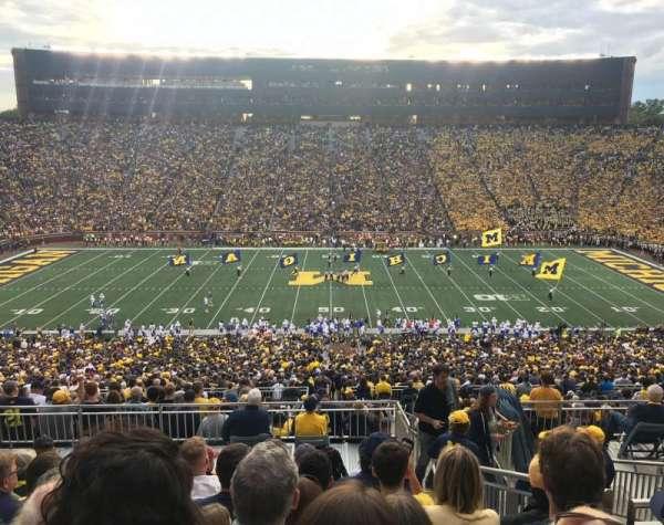 Michigan Stadium, secção: 1, fila: 83, lugar: 13