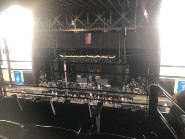 Hollywood Casino Amphitheatre (Tinley Park), secção: Suite 312, fila: 3, lugar: 14