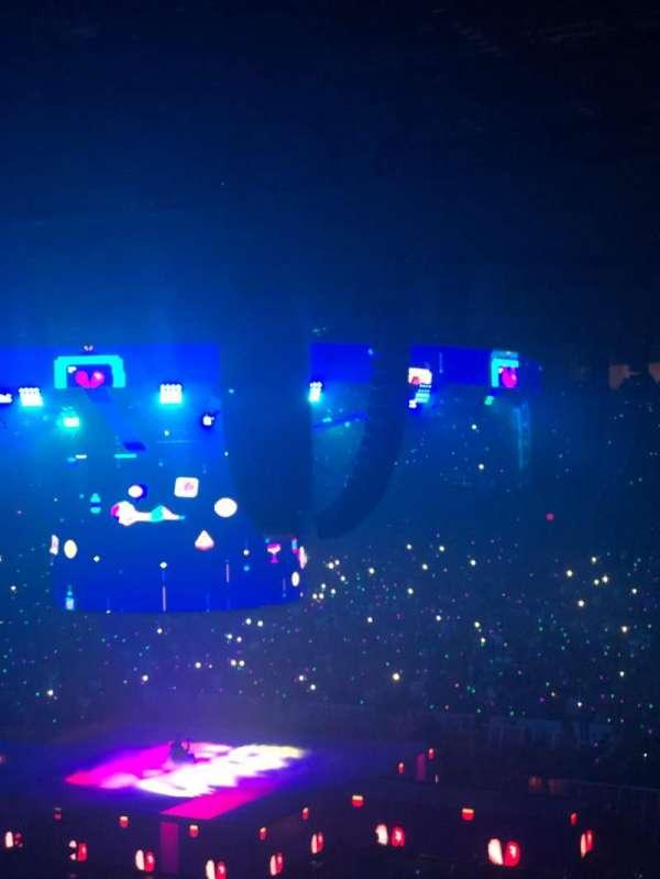 Allstate Arena, secção: 209, fila: E, lugar: 22