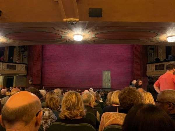 Shubert Theatre, secção: Orchestra C, fila: R, lugar: 102