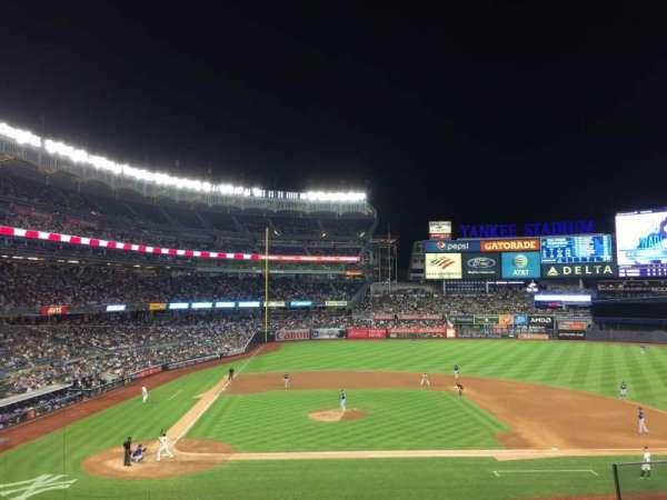 Yankee Stadium, secção: 217, fila: 4, lugar: 5