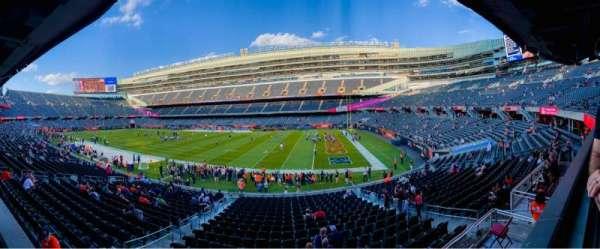 Soldier Field, secção: 232, fila: 1
