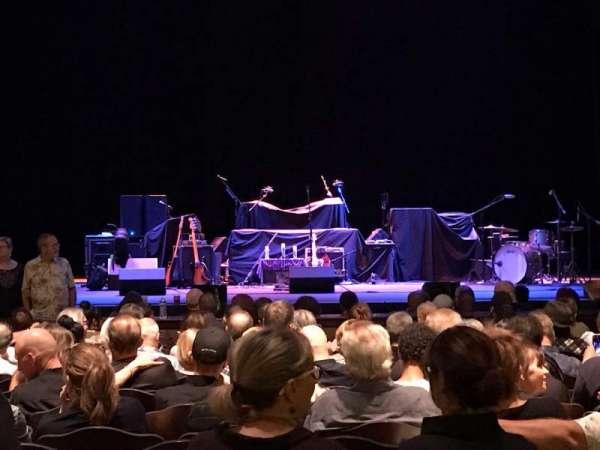 Fox Performing Arts Center, secção: Orchestra, fila: O, lugar: 110