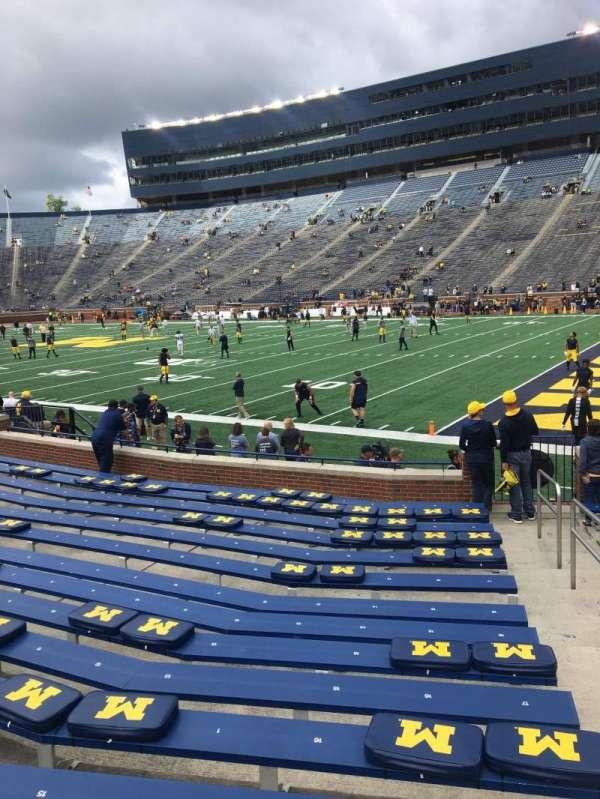 Michigan Stadium, secção: 40, fila: 14, lugar: 20
