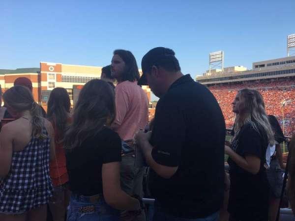 Boone Pickens Stadium, secção: 325, fila: 1, lugar: 6