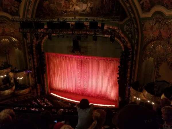 New Amsterdam Theatre, secção: Balcony R, fila: D, lugar: 14
