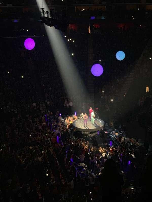 Little Caesars Arena, secção: M27, fila: 1, lugar: 27