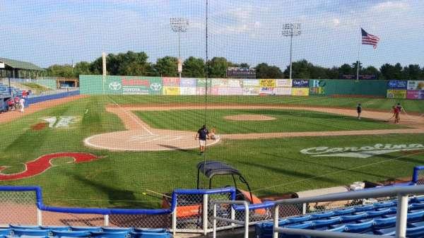 Salem Memorial Ballpark, secção: 105, fila: H, lugar: 7