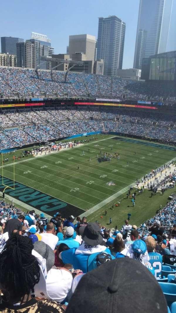 Bank of America Stadium, secção: 550, fila: 20, lugar: 19-20