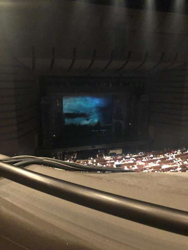 Bass Concert Hall, secção: First balcony, fila: J, lugar: 107