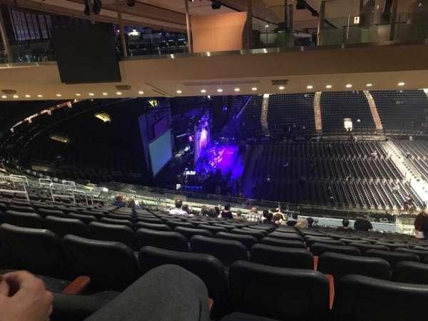 Madison Square Garden, secção: 223, fila: 22, lugar: 12